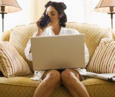 Trabalhar Em Casa Com A Máquina De Vendas Online. É possível?